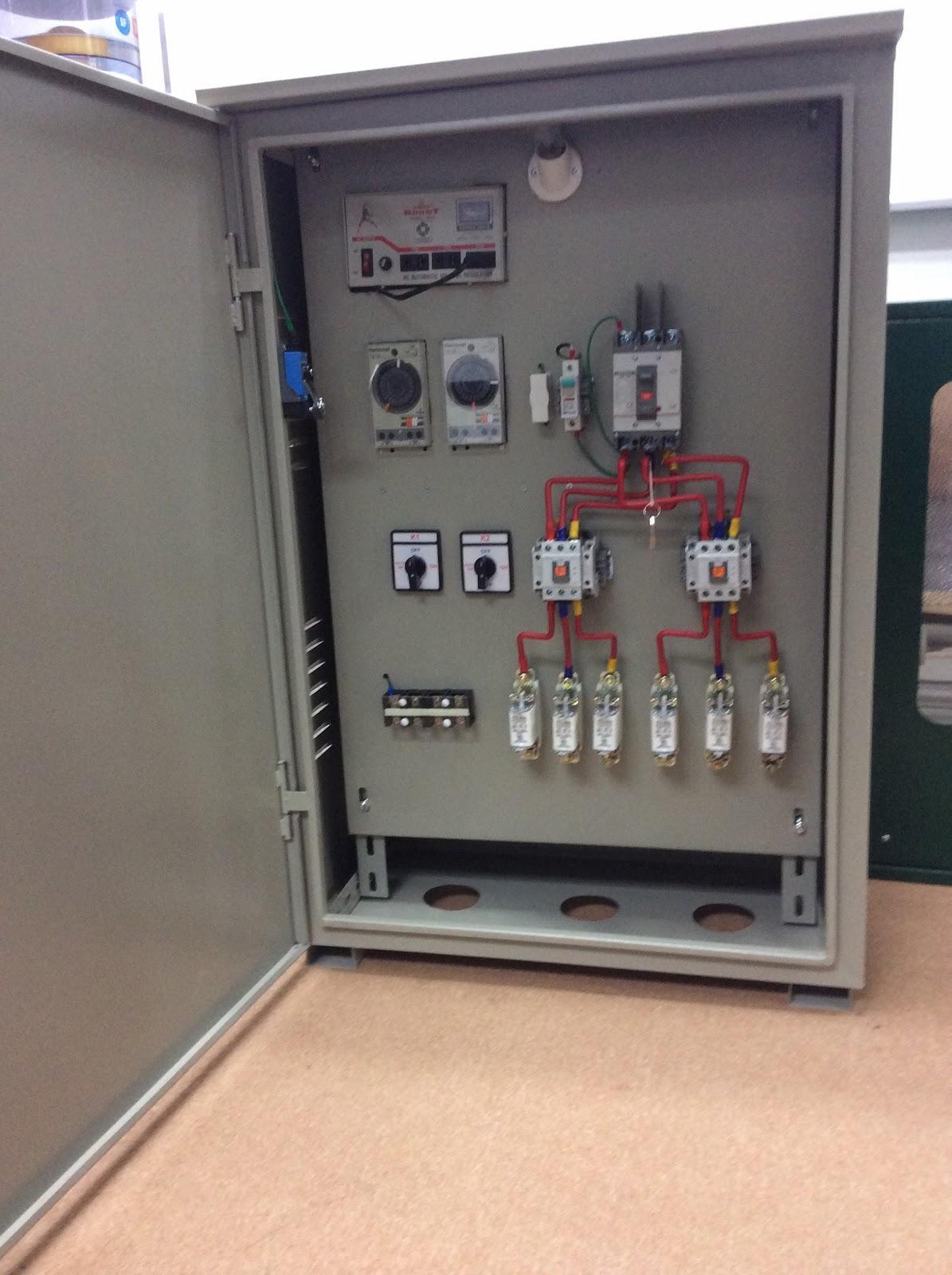 Nguyên lý cơ bản và ứng dụng của tủ điện điều khiển chiếu sáng bằng rơ-le Timer